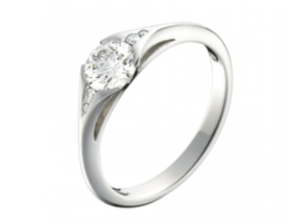 Platinum Single Stone Diamond Designer Ring